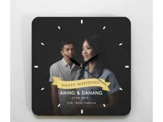 Jam Unik Custom Design Kado Pernikahan